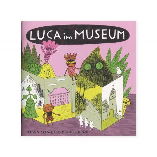 Luca im museum